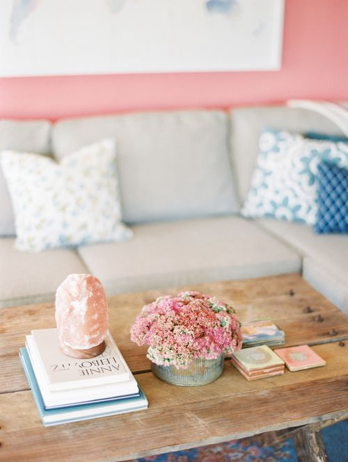Lovely lounge area. Inspired by these colors!