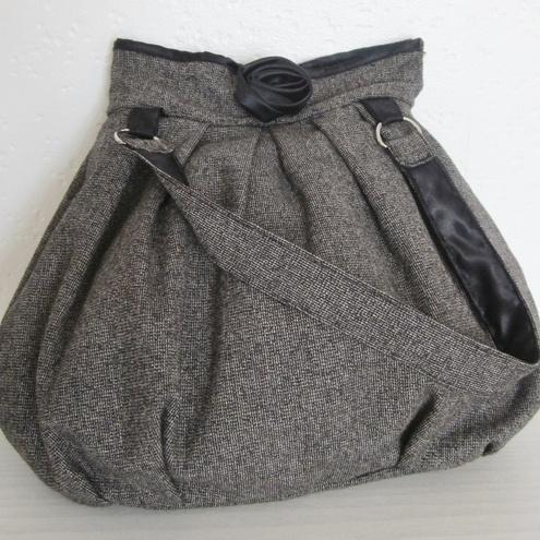 From Love Hats & Handbags