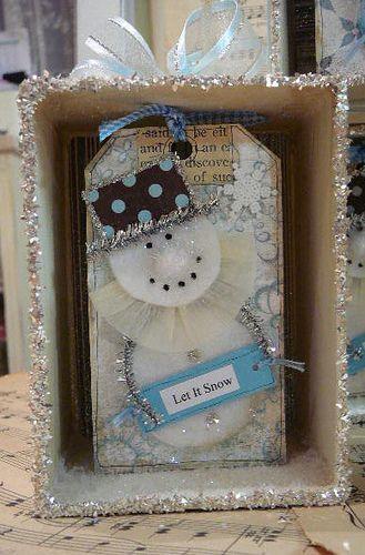 Snowman tag in a box
