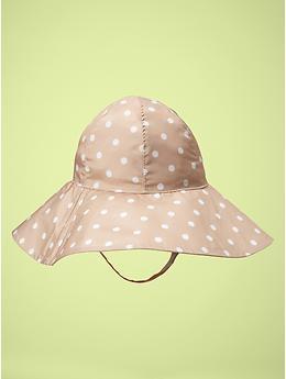 Floppy dot hat