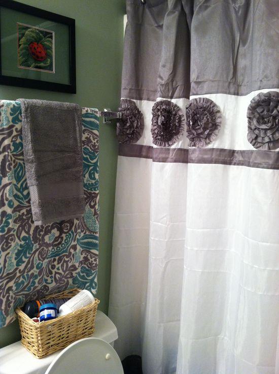 My new bathroom decor. :)