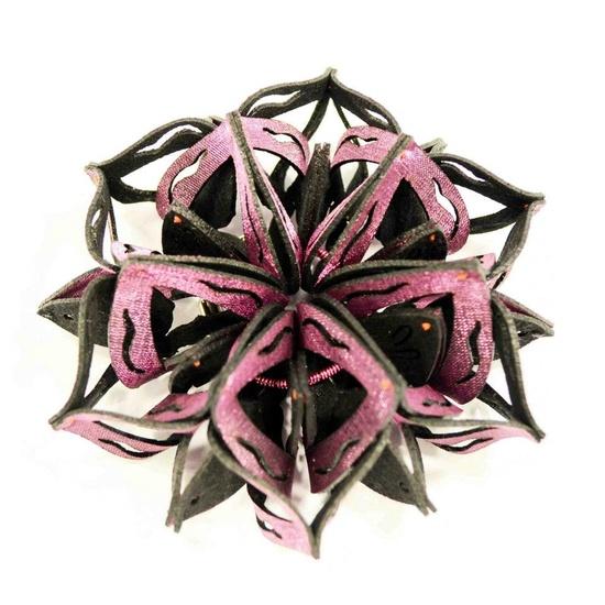 Yu-Ping Lin Textile Jewellery 雨曦織品珠寶 -  2012 -    Ka13-1L  Brooch  Felt, Polyester