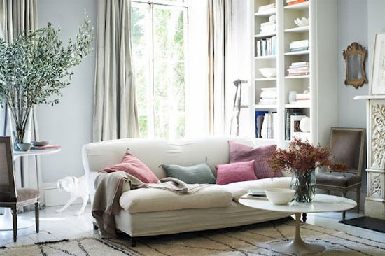 {décor inspiration : the perfect mix of art and life} by {this is glamorous}, via Flickr
