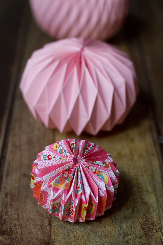 DIY origami ball.