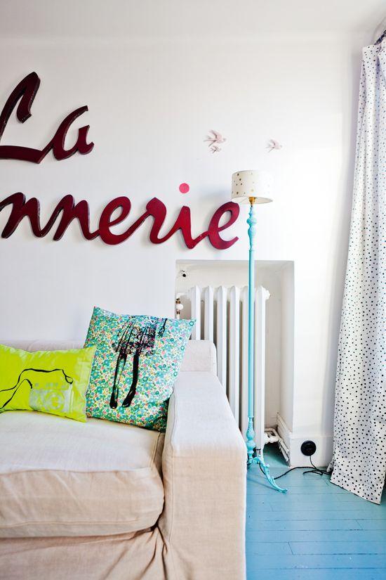 Anne Hubert / La Cerise sur le Gateau interior - Hege in France: The cherry on top