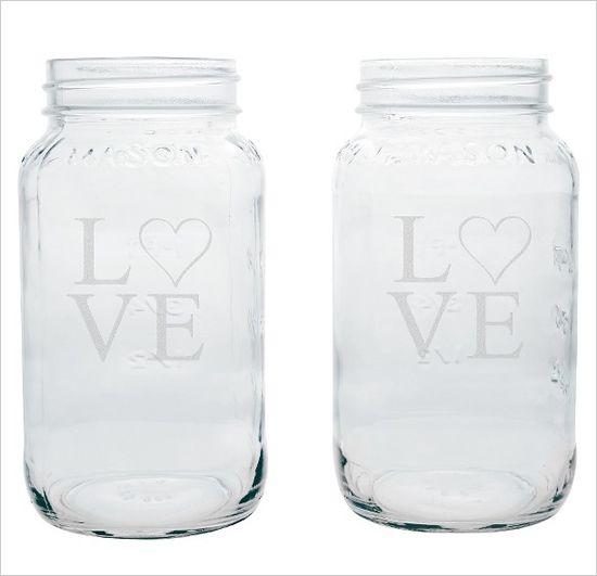 love mason jars www.weddingchicks...