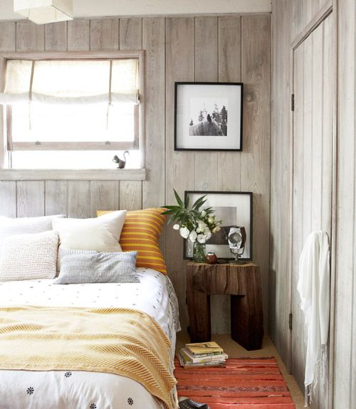 Bedroom with wood plank