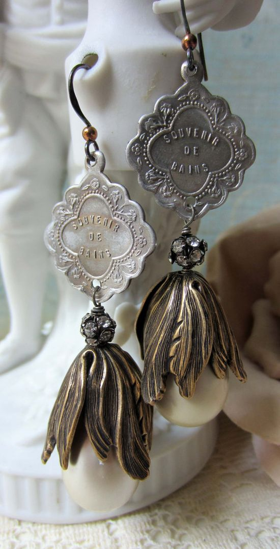 'pearl de bains' earrings by The French Circus on Etsy