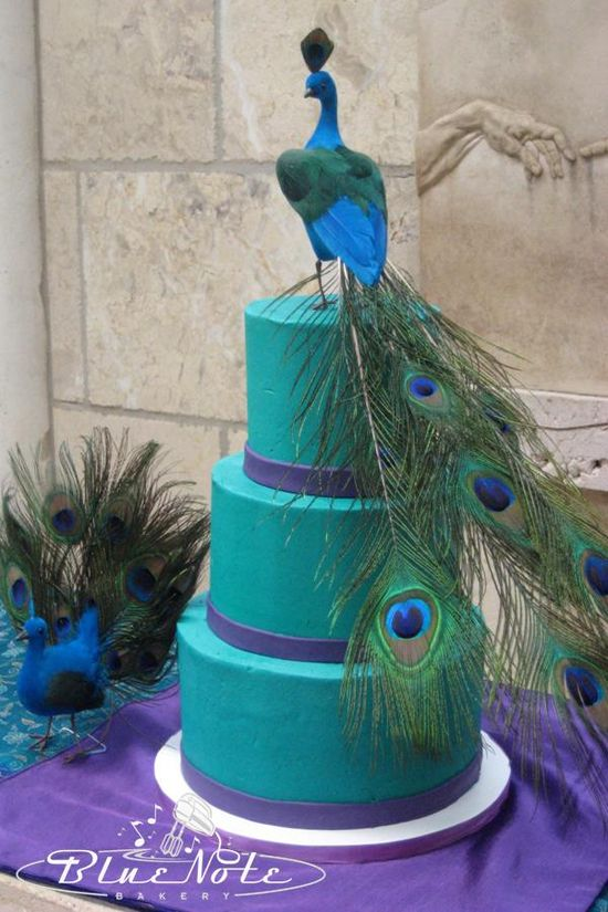 peacock - wedding cake #wedding #cake #peacock