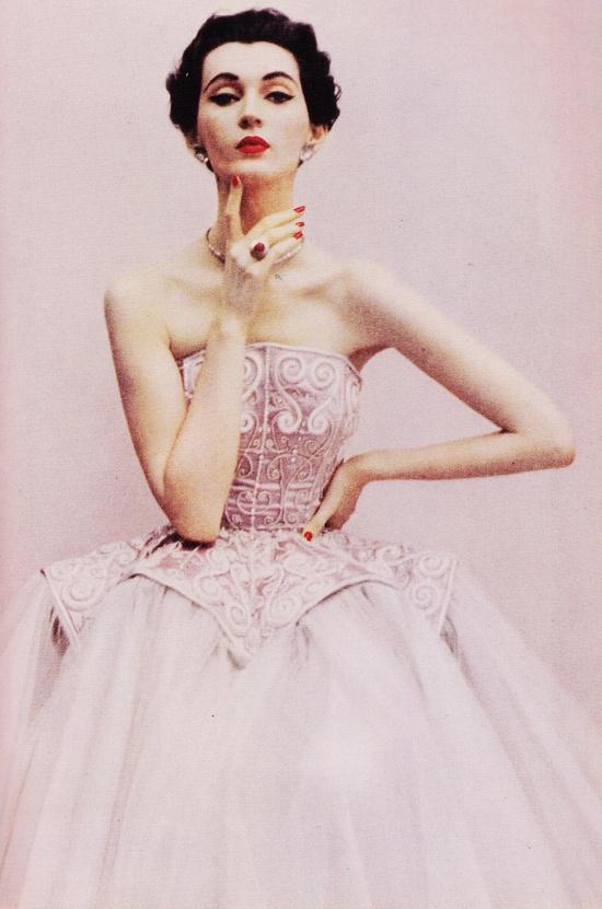 1950's Fashion Model: Dovima