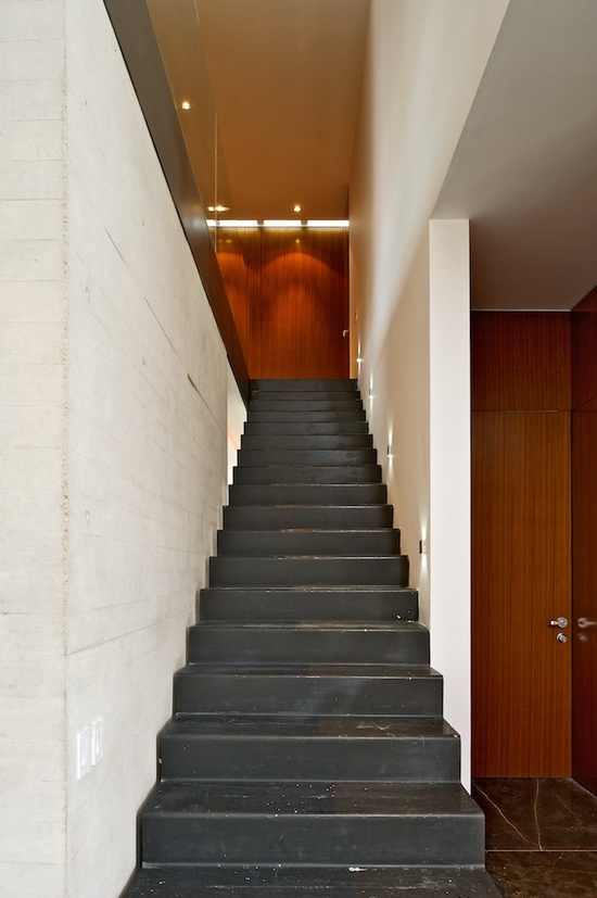 X HOUSE, Zapopan, Jalisco, 2011 by Agraz Arquitectos #architecture #design #interiors #stair