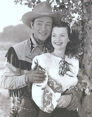 Roy and Dale Evans..I saw them in person when I lived in LA.  That was in 1944.