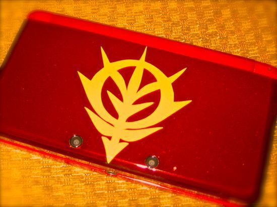 Whatcha know about that custom job? You can drool now #nintendo3ds #gundam #mobilesuitgundam #char #zakured #zeon