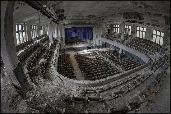 castle school, hoodwatch abandoned