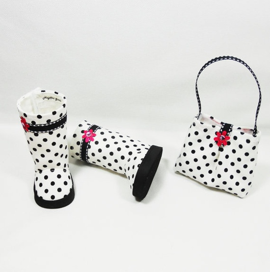 Polka dots boots and matching purse for AG dolls