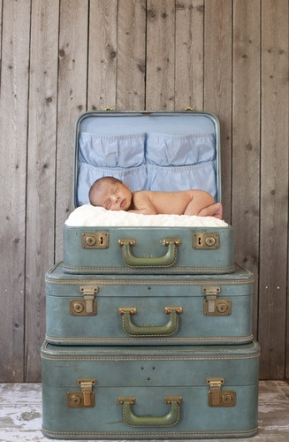 Newborn Photography Suitcase Inspiration
