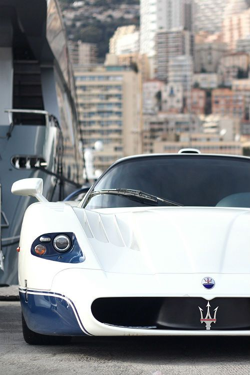 Living the life of luxury with the Maserati MC12. Click on the cool pic & join our community to win $250.