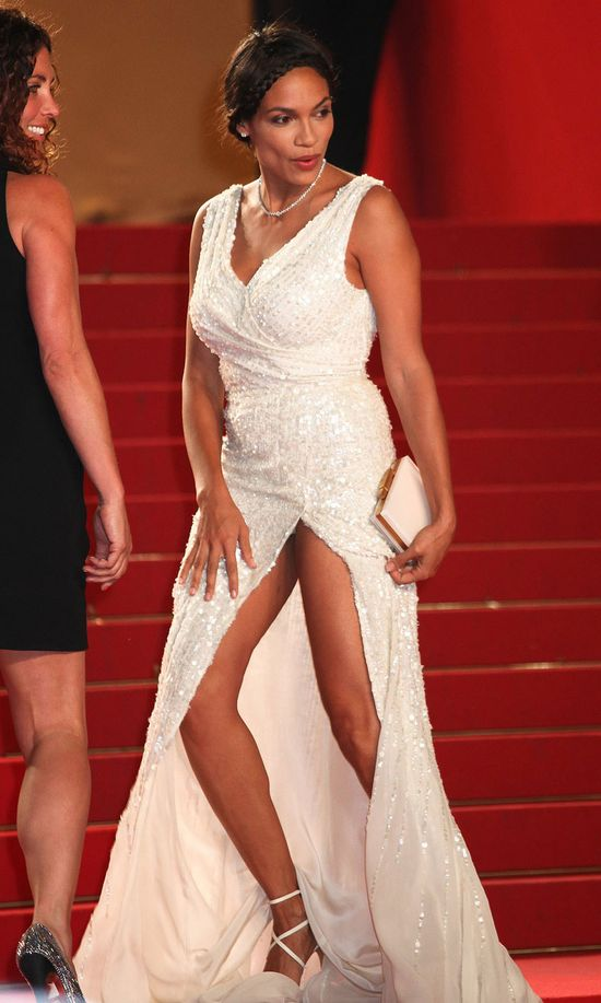 Gabrielle Union besides LJujIATcRbH additionally Chanel Iman in addition Triumph Look Vintage De La Rivera likewise 11661. on oscar 2017 mix up
