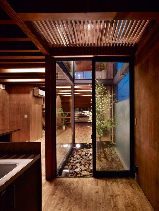 an inner courtyard at the Ogaki House