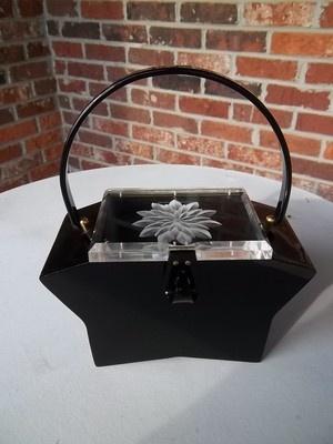 Fantastic shape! #vintage #handbags #purses #accessories #1950s #lucite