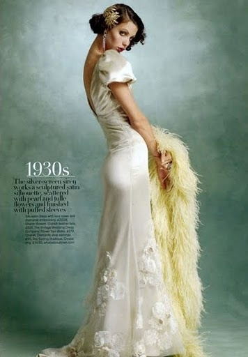 Classic 1930s bridal style!