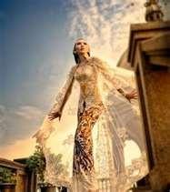 Soul Java: Anne Avantie, Indonesian Kebaya Designer