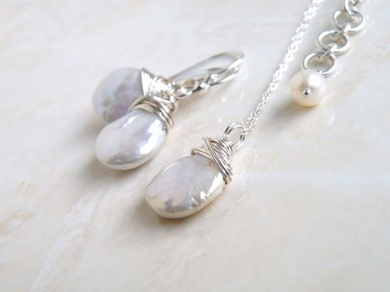 Wedding Jewelry Bridal Pearl Earrings Necklace Set by SomsStudio, $50.00
