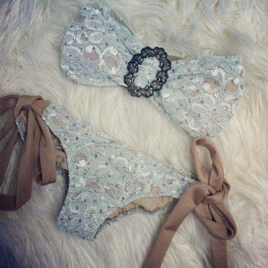 Lace bikini ?