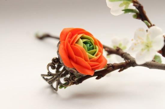 Orange and Green flower Ranunculus ring