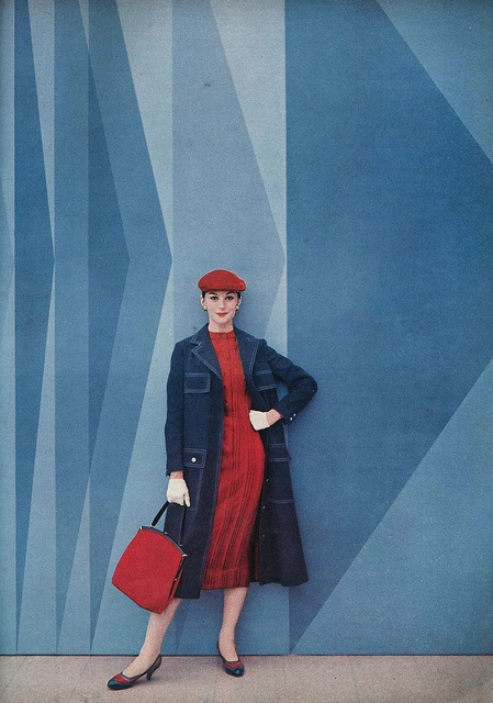 It looks like she's ready for the Diamond Jubilee (albeit some 56 years too early ;) ). #vintage #fashion #1950s #red #blue #dress #coat #hat