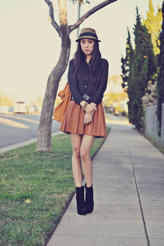 Man it is all about pleated skirts right now
