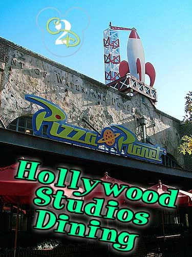 I must eat at Pizza Planet in Hollywood Studios in Walt Disney World on every trip. It is the BEST restaurant in Hollywood Studios for little kids. Pin this now and plan for it on your next Walt Disney World vacation
