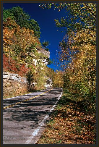 Hanging Rock Hwy 10 runs along Illinois River n Northeast Oklahoma