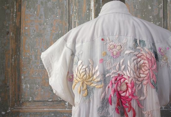 This handmade embroidered dress is sublime. From LaSartoria.