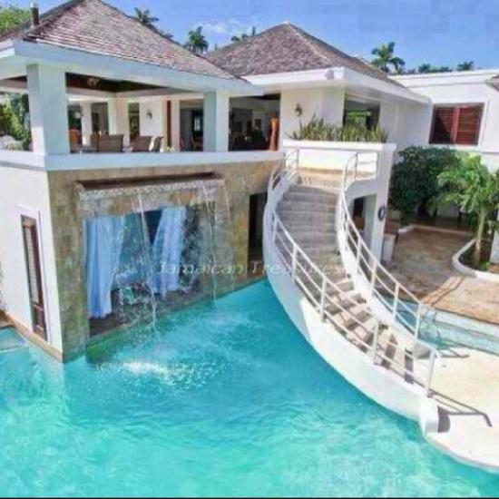 Summer vaca house?