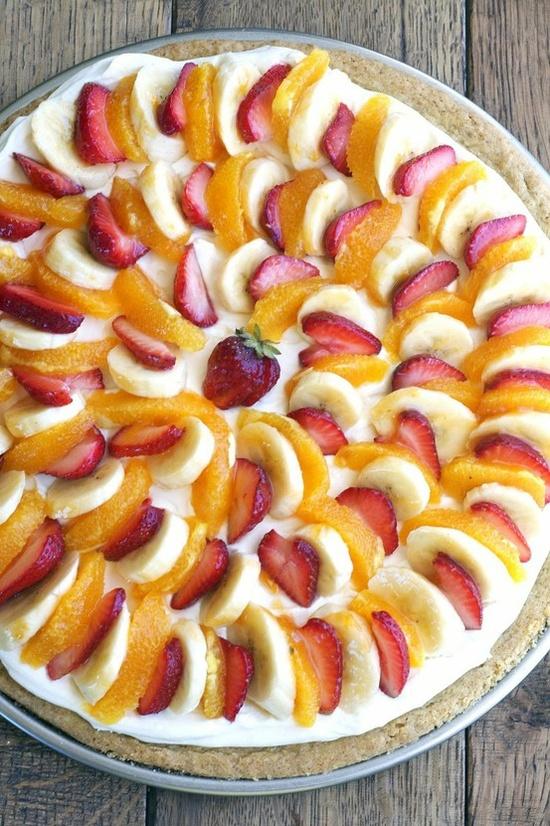 Yummy fruit pizza.
