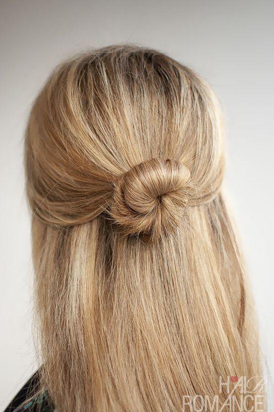 30 Buns in 30 Days – Day 5 – Half Up Bun Hairstyle