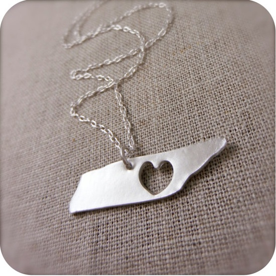TN heart necklace. WANT