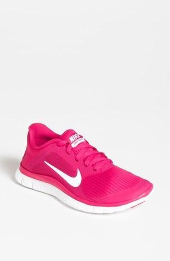 Hot pink Nike running style.