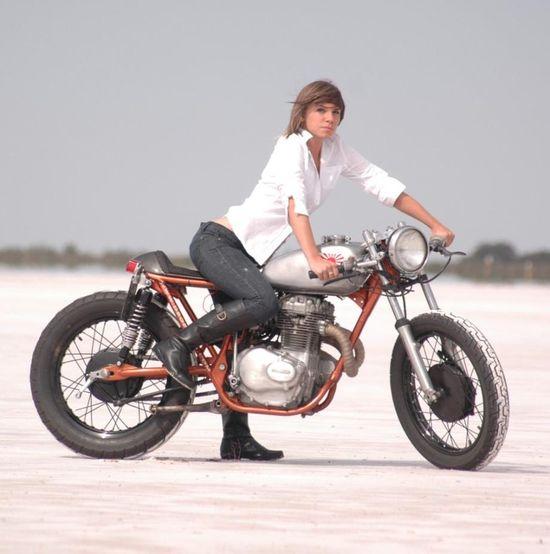 MotoLady — Honda CB 360 cafe racer custom on sand. Perfect...