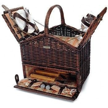 With the Classique Elite BBQ Basket for 2 you can prepare your picnic meal at the
