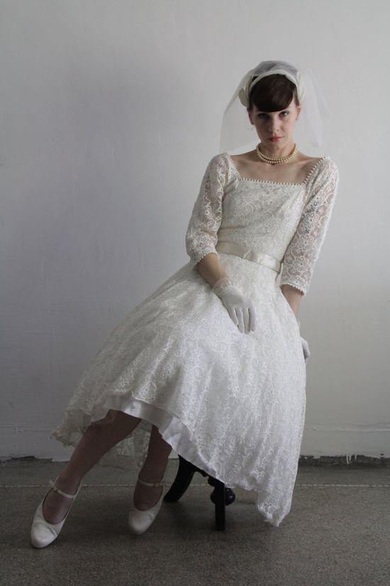 1950s #Wedding Dress  Vintage Bridal Gown  Lace & Veil  by VeraVague.etsy.com