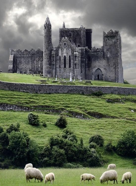 Medieval Castle, Cashel, #Ireland #travel