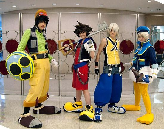 Kingdom Hearts Cosplay #Disney Oh my goodness this is so cute!!!!!!