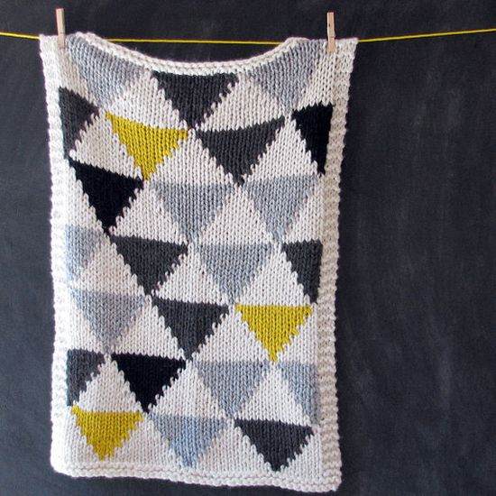 Knitted Triangle Baby Blanket