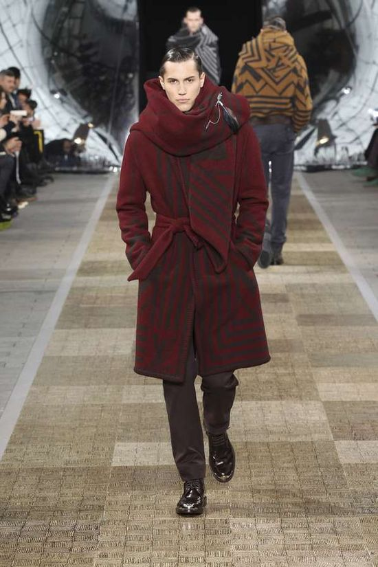 Luxurious Jet-Setting Fashions - The Louis Vuitton Fall/Winter 2012 Line is for Worldly Gentlemen