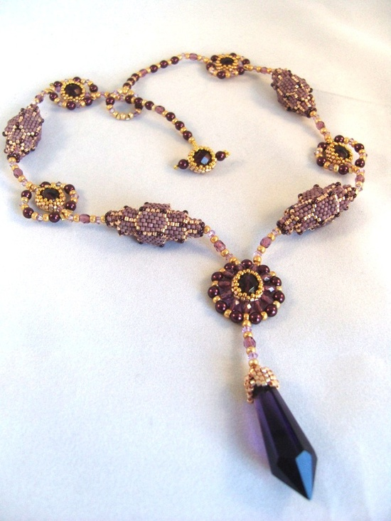 Pattern / Tutorial Beaded Necklace.
