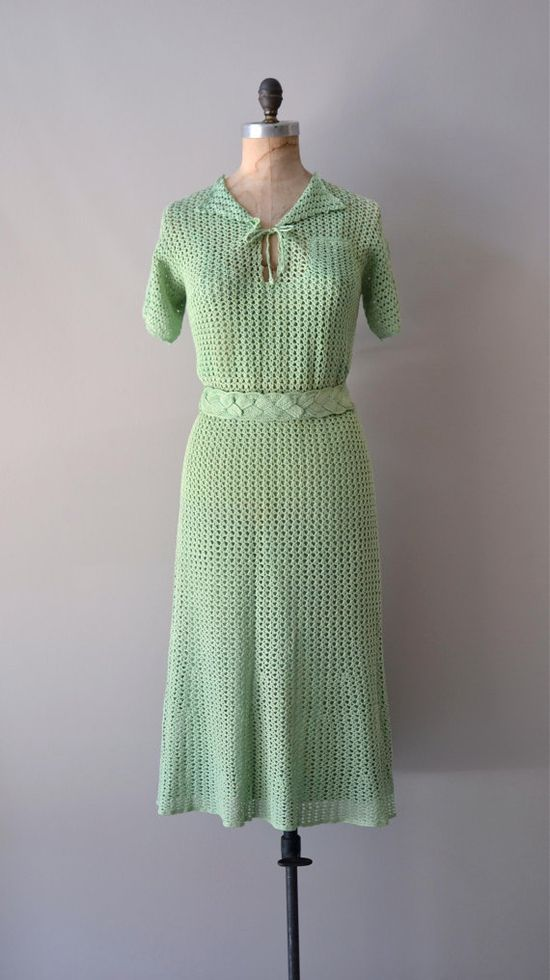 A lovely mint green 1930s Cloverdale crochet dress. #vintage #1930s #fashion