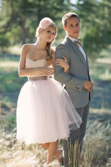 love this pink wedding dress.