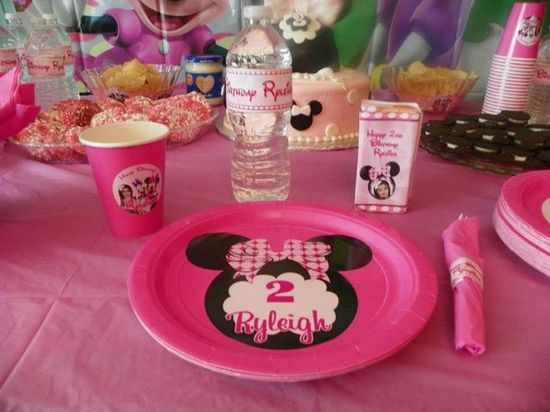 Minnie Mouse birthday party custom made plates, cups, water bottles, juice box covers and napkin wrappers.
